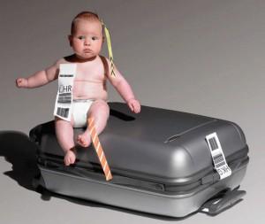 лялька в самолете